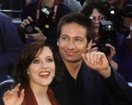 David Duchovny e Gillian Anderson alla premiere di Fight the Future