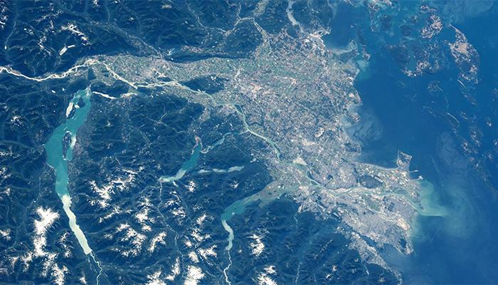 Vancouver vista dallo spazio
